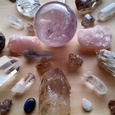 Crystal healing therapy qualification